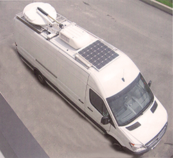 Utility velhicel with roof top solar panel